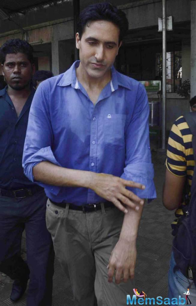 Sumeet Sachdev Snapped At The Entrance For Sudha Shivpuri's Funeral