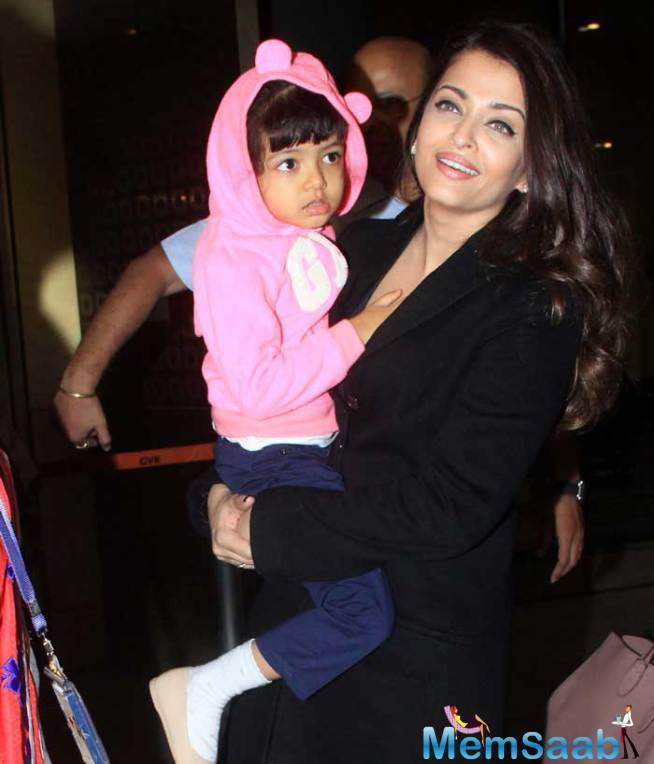 Aishwarya Looked Beautiful As Always In Black, While Her Daughter Aaradhya Was Clad In Pink