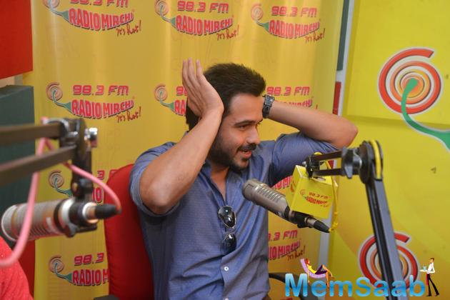 Emraan Hashmi Cool Look During The Promotion Of Hamari Adhuri Kahani At Red FM