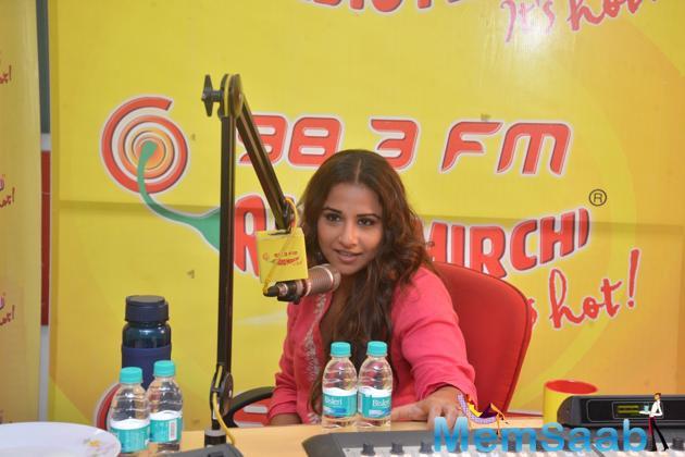 Vidya Balan Talked With Audience At Radio Channel 98.3 FM Radio Mirchi