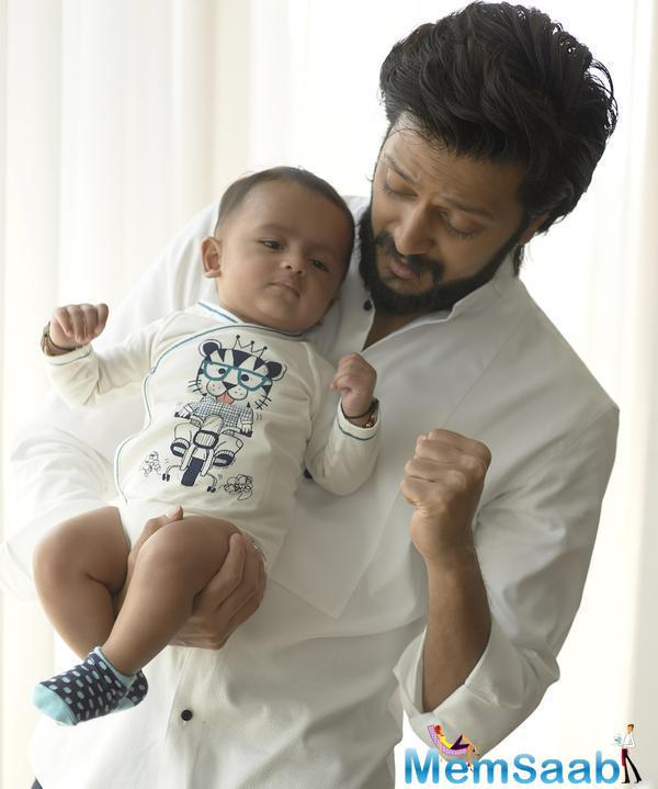 Riteish And Riaan Spent A Sweet Moment