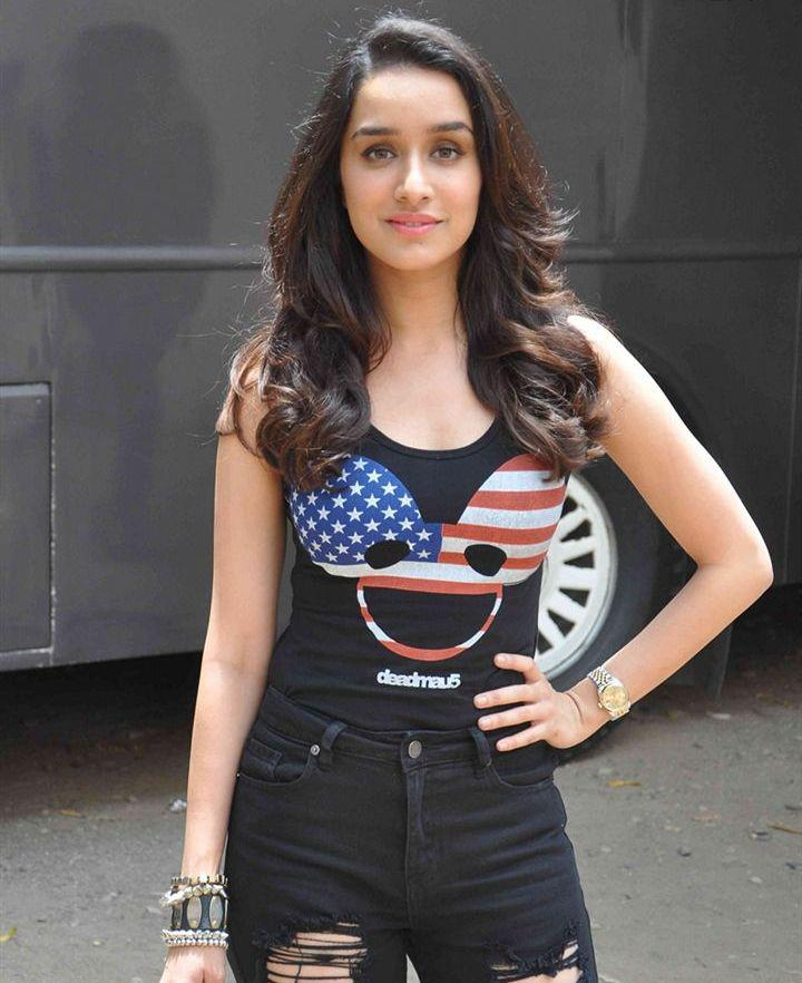 Style Icon Shraddha Kapoor Looking Hot And Stunning At  ABCD 2 Photoshoot