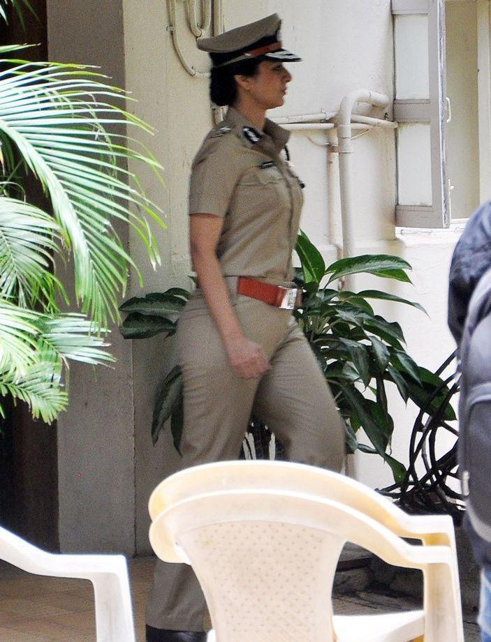 Tabu At Police Inspector Snapped On Drishyam Sets