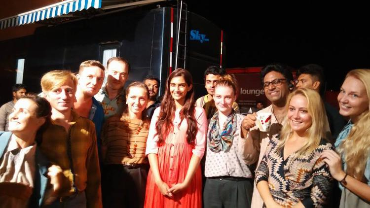 Sonam Kapoor Posed With Fans On The Sets Of Her Upcoming Movie Neerja