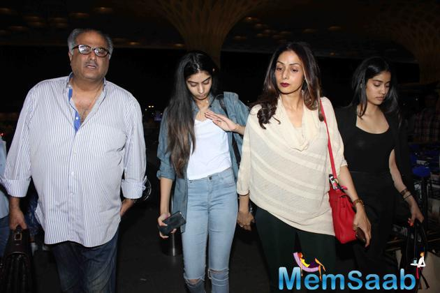 Sridevi Took Off To Malaysia With Her Husband Boney Kapoor And Daughters Jahnavi And Khushi Kapoor