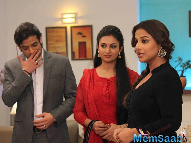 Karan Patel,Divyanka Tripathi And Vidya Balan Posed On The Sets Of Ye Hai Mohabbatein During The Promotion Of Hamari Adhuri Kahani