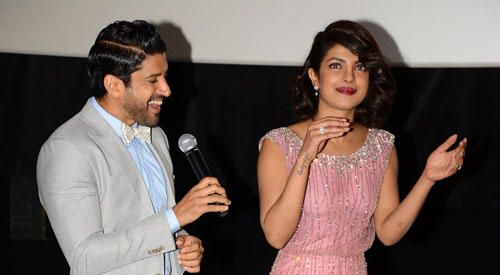 Farhan And Priyanka Fun With Audiance During A Press Conference Of IIFA 2015