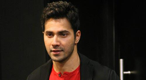 Varun Dhawan Cute Handsome Look During The Launch Of ABCD 2 Movie New Chunar Song
