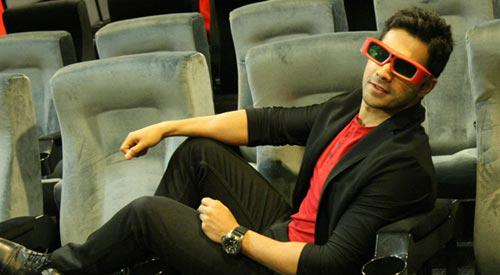 Varun Dhawan Watched ABCD 2 Song In 3D Glassess