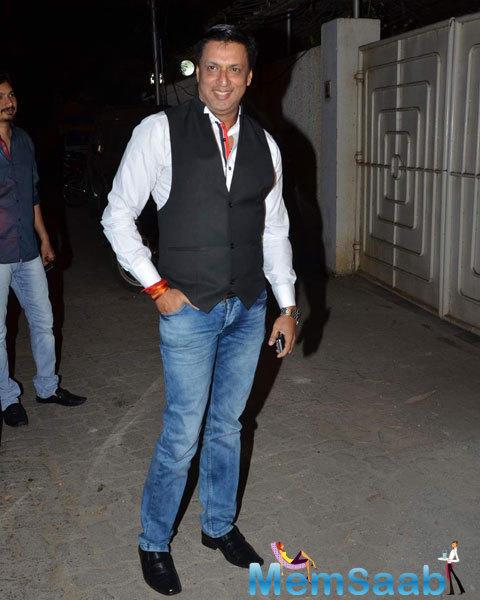 Madhur Bhandarkar Flashes Smile During The Success Bash Of Tanu Weds Manu Returns