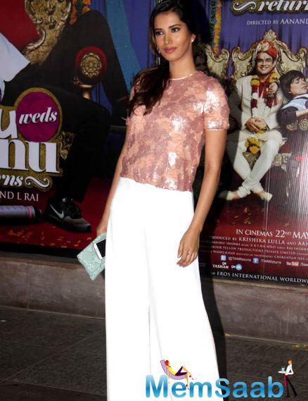 Manasvi Mamgai Wore A Shimmery Top With White Separates At The Success Bash Of Tanu Weds Manu Returns
