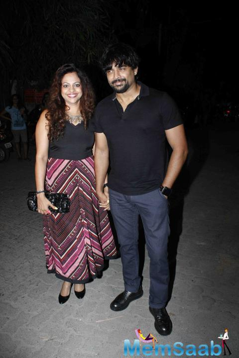 R. Madhavan Snapped With His Wife Sarita Birje At The Success Bash Of Tanu Weds Manu Returns