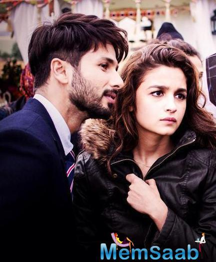 Shahid And Alia Exclusive Still On The Shooting Set Of Shandaar