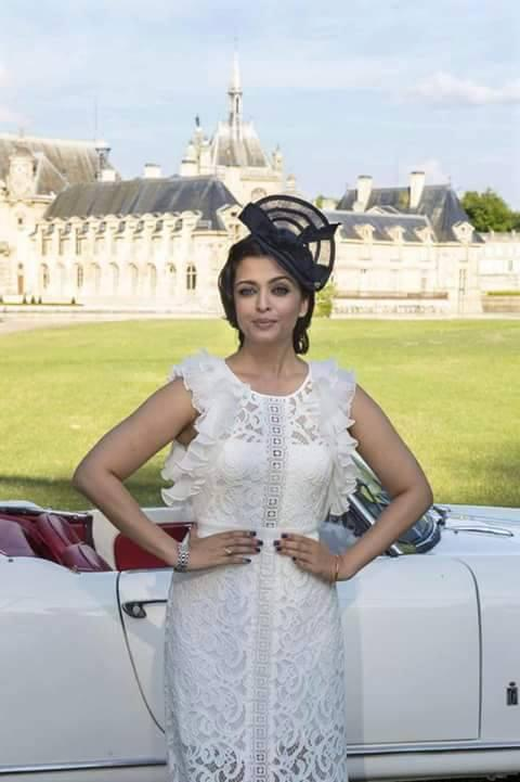 Aishwarya Rai Bachchan Stunning Look During The Launch Of Longines New Dolce Vita Watch