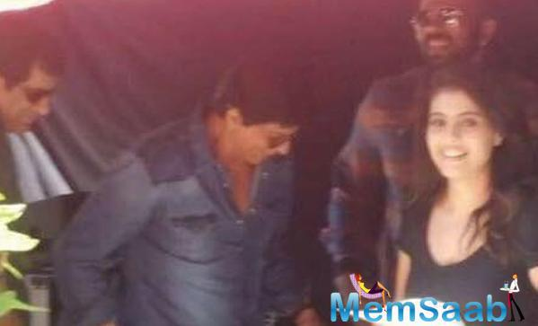 Shah Rukh Khan And Kajol Were Spotted Together For Dilwale Shoot