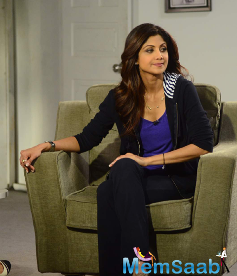 Shilpa Shetty Gave Interviews To TV Channels On The Basis Of Yoga Day