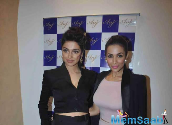 Divya Khosla Kumar Was Also Present At The Event And Looked Beautiful In A Black Ensemble