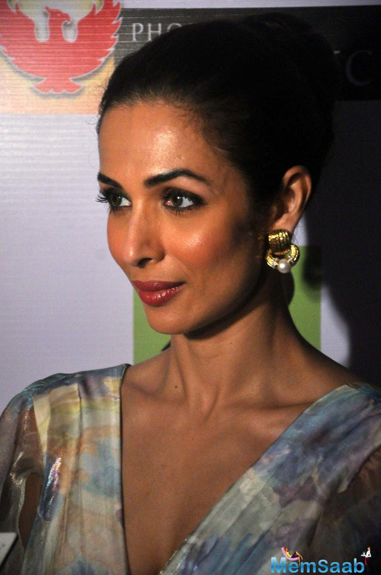 Malaika Arora Khan Dazzling Face Look At Shine Young 2015