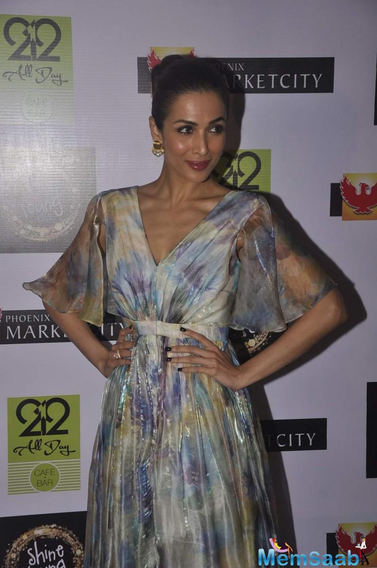Malaika Arora Khan Posed For Camera At Shine Young 2015