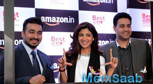 Raj Kundra And Wife Shilpa Shetty Cool Pose At Amazon.In