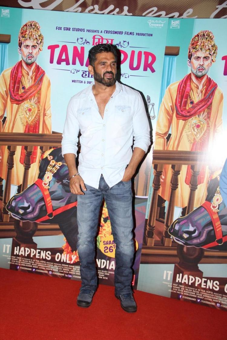 Sunil Shetty Posed On Red Carpet During The Miss Tanakpur Movie Premiere Event