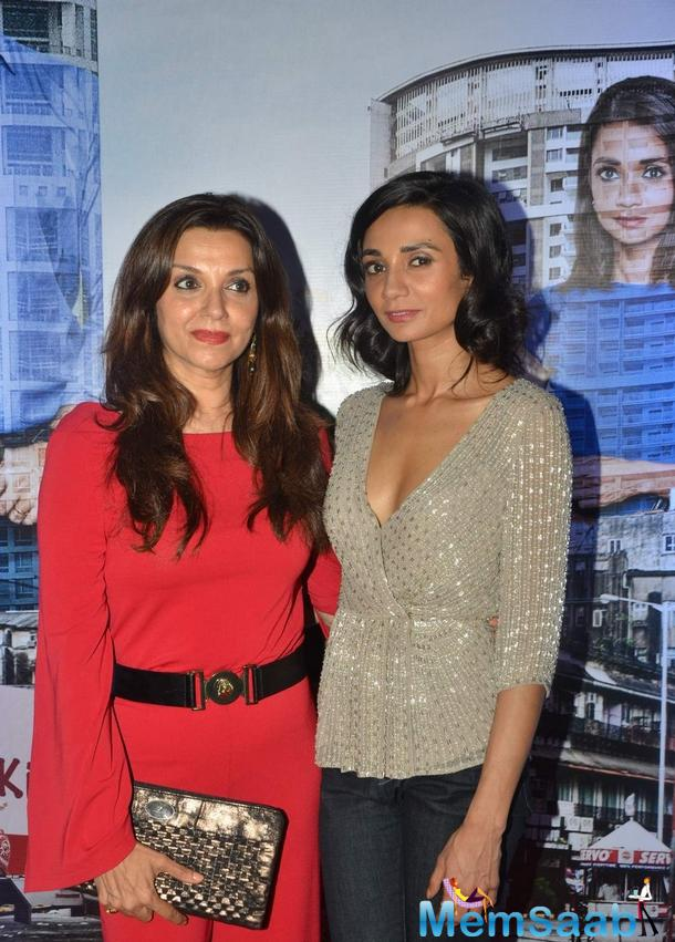 Lillete Dubey Posed Her Daughter Ira Dubey During The Trailor Launch Of Aisa Yeh Jahaan