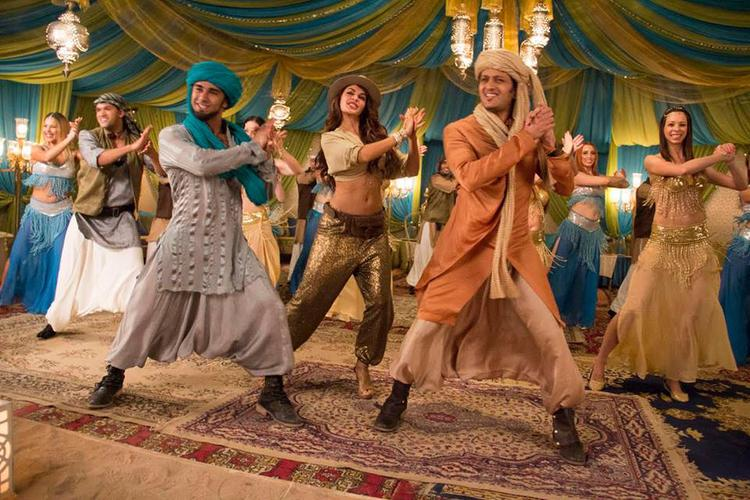 Pulkit,Jacqueline And Riteish Song Still From Bangistan Movie Ishq Karenge Song