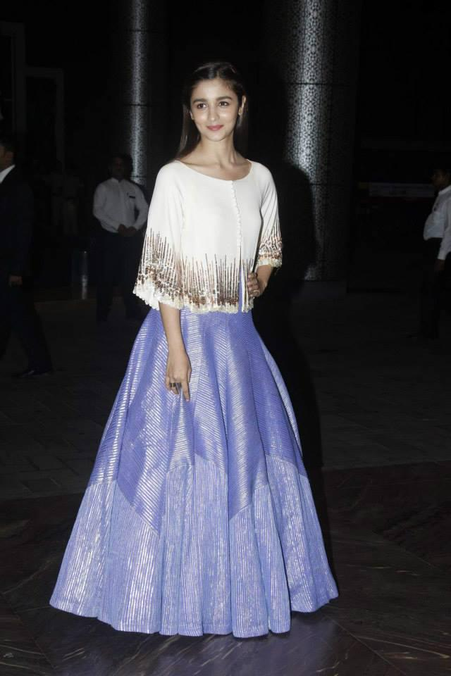 Alia Bhatt In Manish Malhotra At Shahid Kapoor And Mira Rajput Wedding Reception
