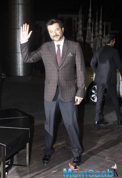 Anil kapoor Waves Hand For Fans At Shahid Kapoor And Mira Rajput Wedding Reception