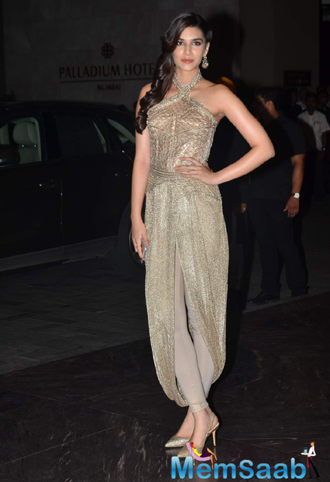 Kriti Sanon Who Looked Stunning In Their Respective Choice Of Apparel At The Bash
