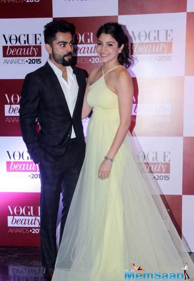 Virat Couldn't Take His Eyes Off His Girlfriend Anushka