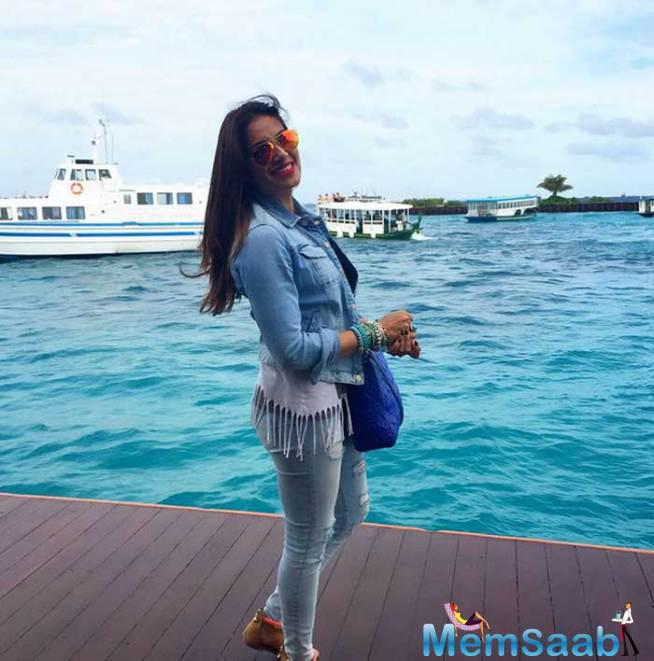 Bipasha Basu At Maldives To Celebrate The Country's 50 Years Of Independence
