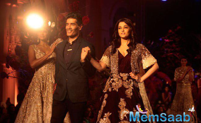 Aishwarya Rai Bachchan Stuns As Manish Malhotra's Showstopper At ICW 2015