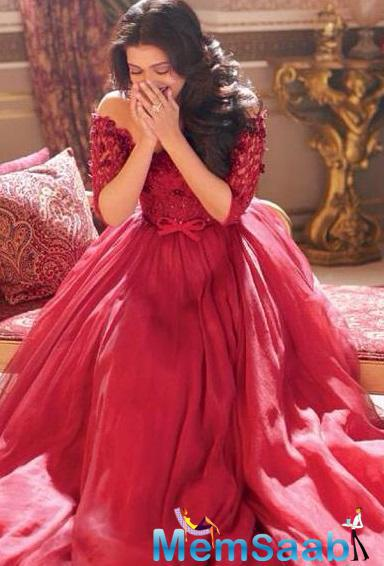 Red Hot Aishwarya Rai's Hello! Photoshoot