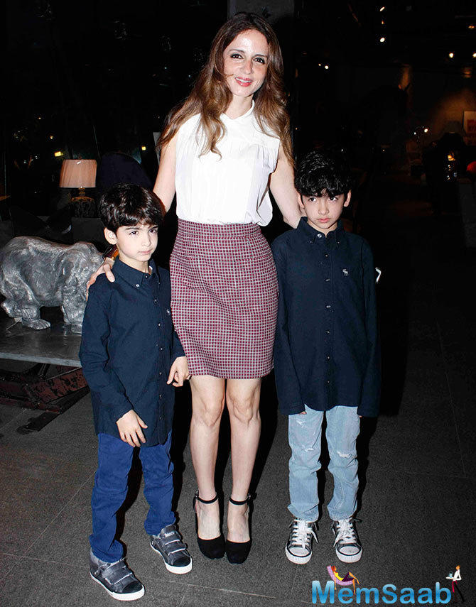 Hrithik Roshan's Former Wife Sussanne Khan Flanked With Her Adorable Sons Who Were Smartly Dressed In Matching Shirt And Jeans