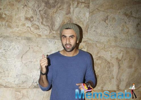 Ranbir Kapoor Thumps Up For Camera During Brothers Screening
