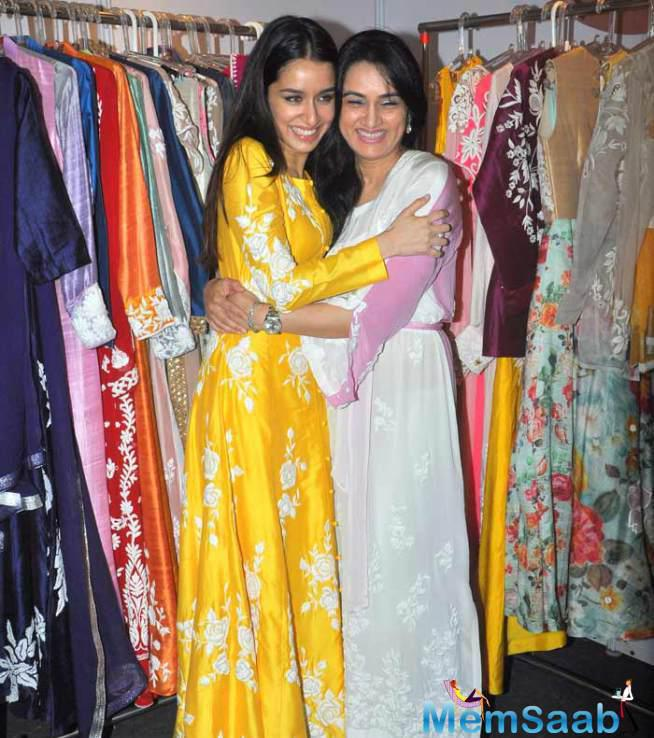 Shraddha Kapoor's Day Out With Aunt Padmini Kolhapure