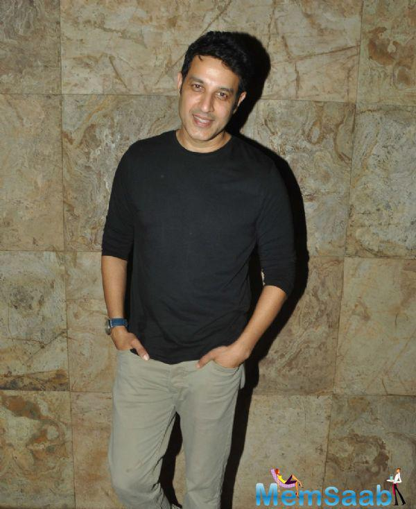 Khalid Siddiqui Flashes Smile At The Screening Of Hollywood Movie Transporter Refuelled