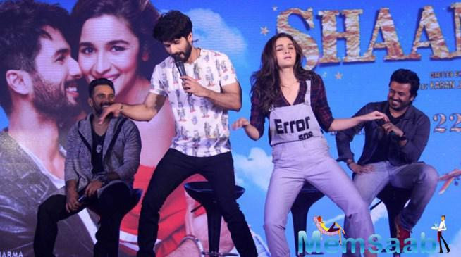 Shahid And Alia Shows Off Some Killer Dance Moves On This Fun