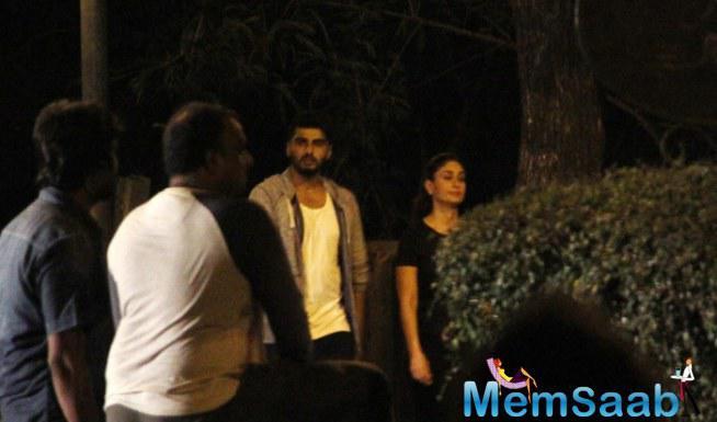Arjun And Kareena On Mumbai Streets For Ki And Ka Shoot