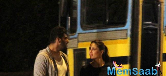 Arjun And Kareena Spotted At A Late Night Shoot On Mumbai Streets For Ki And Ka