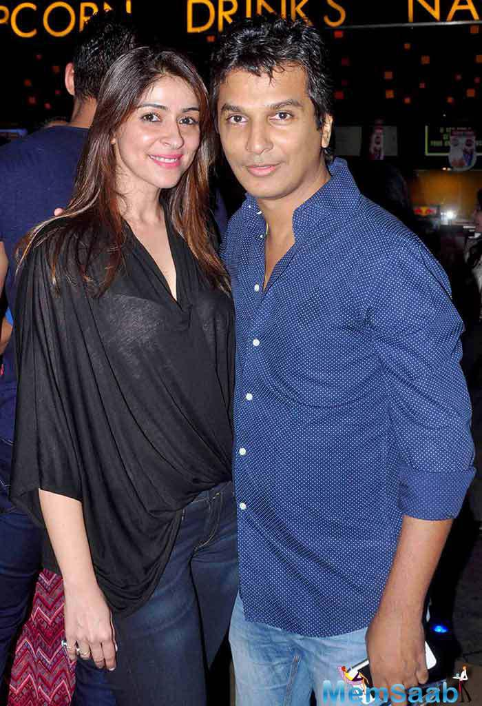 Bhavna Pandey And Vikram Phadnis Posed For Camera During The Screening Of Hero Movie