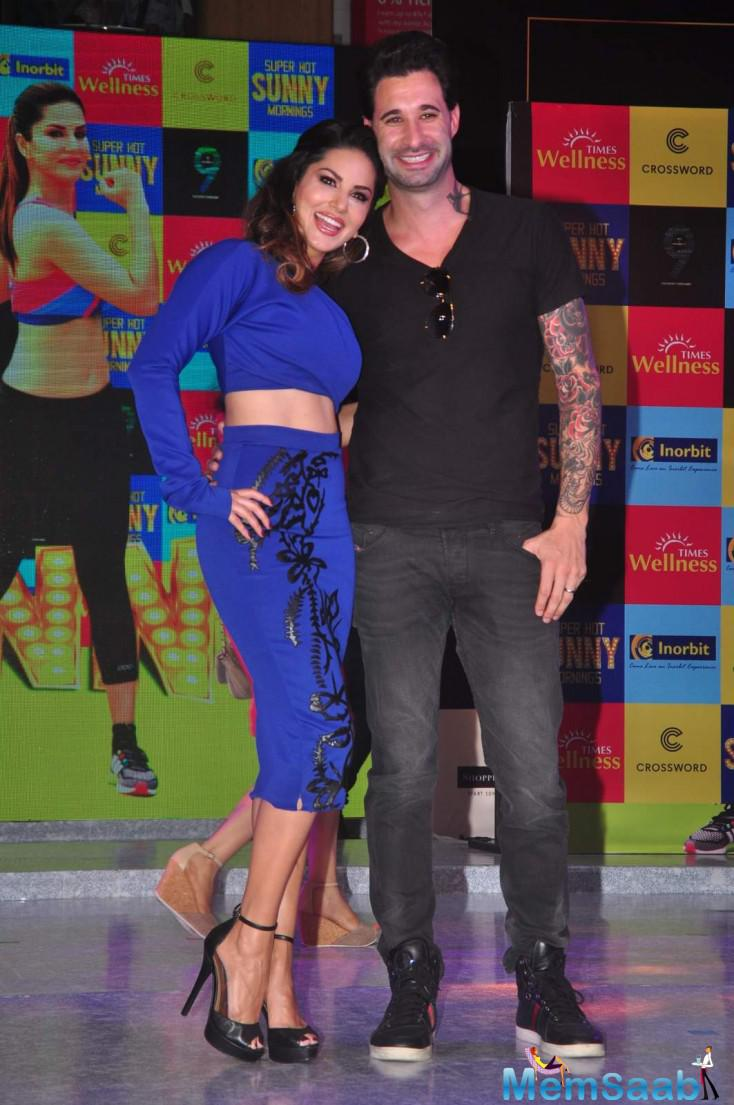 Sunny Leone Posed With Hubby Daniel Weber During The DVD Launch