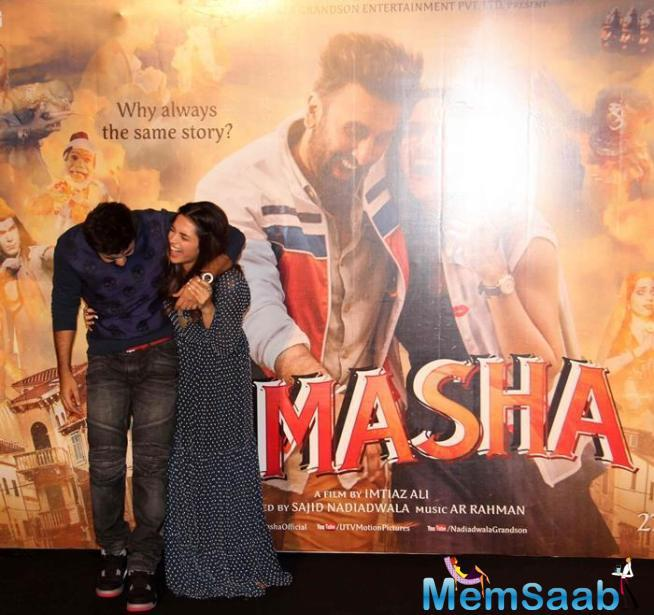 Deepika And Ranbir Try To Recreate The Movie's Poster