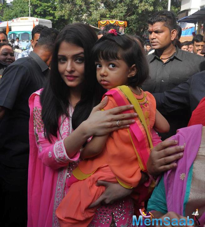 Aaradhya's Father Abhishek Could Not Accompany Them As He Is Shooting In London For Housefull 3