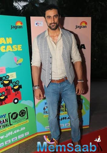 Kunal Kapoor Dappers Look During The Opening Of Jagran Film Fest