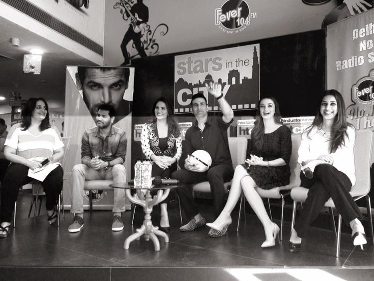 Prabhu Deva,Lara Dutta,Akshay Kumar And Amy Jackson Smiling Pose During The Promotion Of Singh Is Bling At HT City