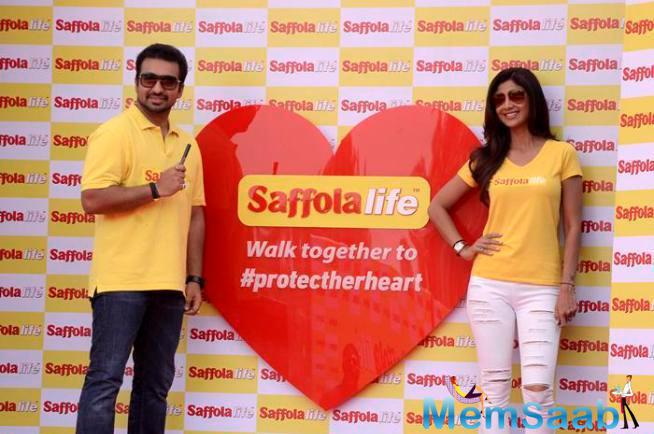 Shilpa And Raj Kundra Support World Heart Day Initiative By A Leading Oil Brand Saffola