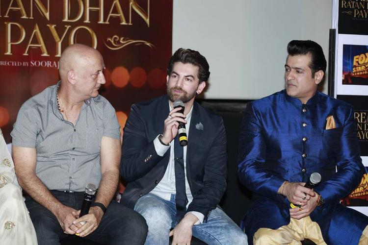 Neil Nitin Mukesh Interact With Audience, Anupam Kher And Armaan Kohli Looks On During The Trailer Launch Of Prem Ratan Dhan Payo