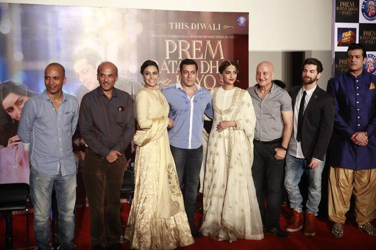 Sooraj,Salman,Sonam,Anupam,Neil Nitin And Armaan Clicked At The Trailer Launch Of Prem Ratan Dhan Payo